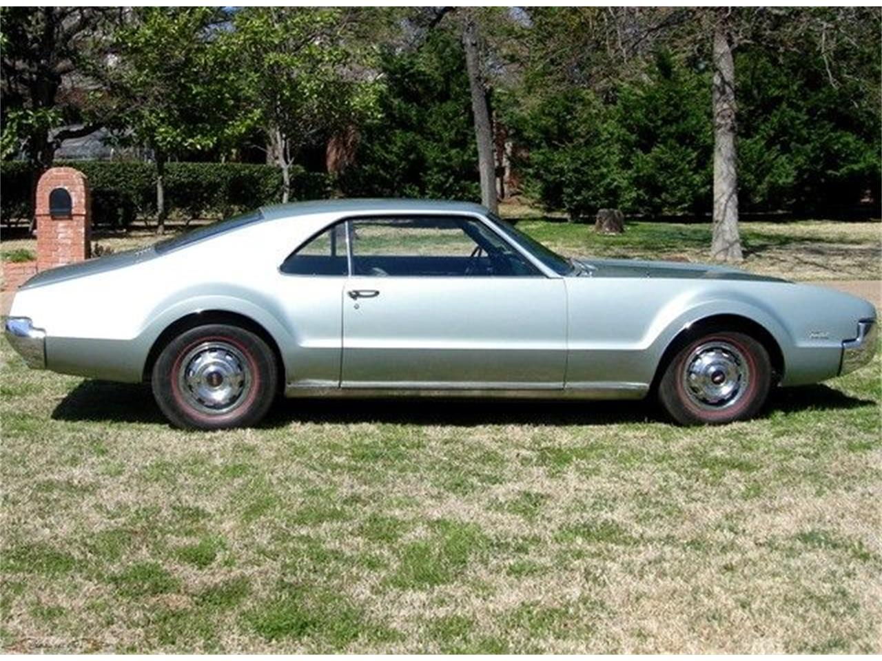 Large Picture of '66 Toronado - 7JWK