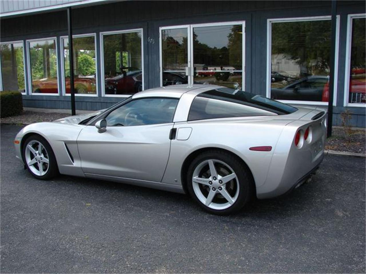 Large Picture of '07 Corvette - 7NE3