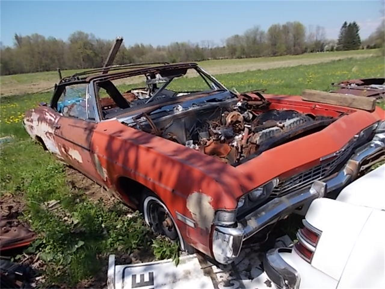 Large Picture of Classic '68 Chevrolet Impala located in Ohio Offered by ChevyImpalas.Com - 7P9E