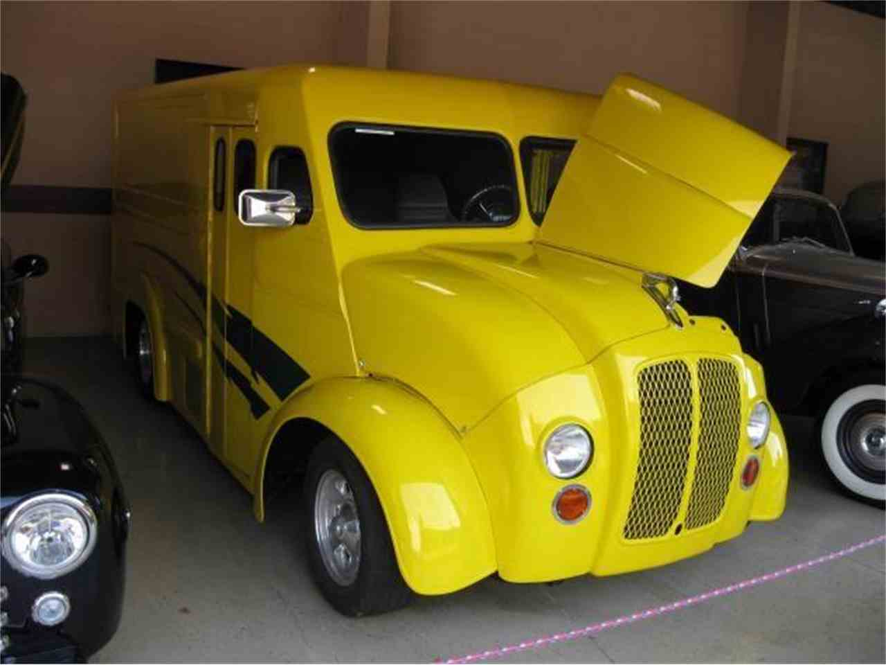 Large Picture of '46 Delivery Truck - 7USW