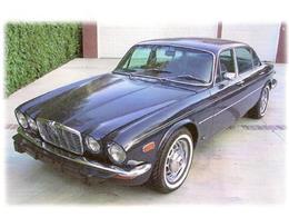 Picture of 1973 Jaguar XJ12 located in Illinois - 8FQM