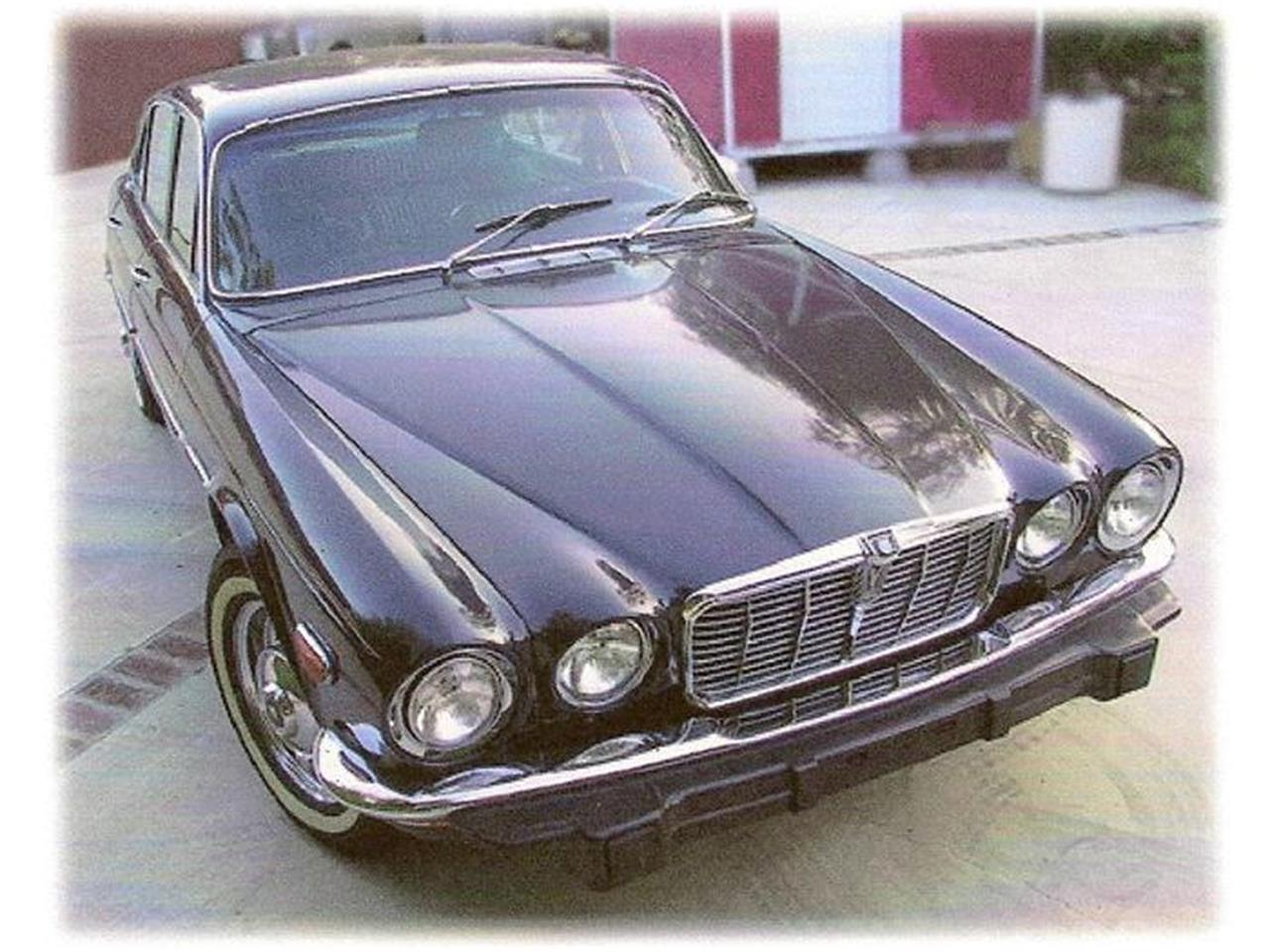 Large Picture of Classic '73 Jaguar XJ12 located in Illinois - $13,400.00 Offered by a Private Seller - 8FQM