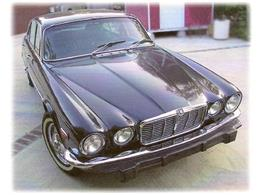 Picture of 1973 Jaguar XJ12 located in Illinois - $13,400.00 Offered by a Private Seller - 8FQM