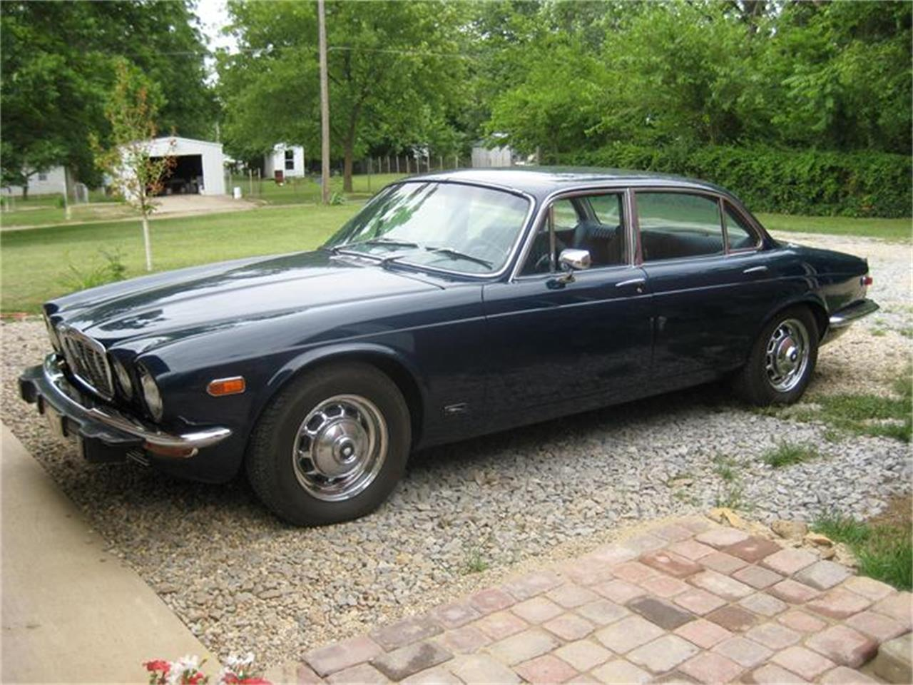 Large Picture of 1973 XJ12 located in Grayville Illinois - $13,400.00 Offered by a Private Seller - 8FQM