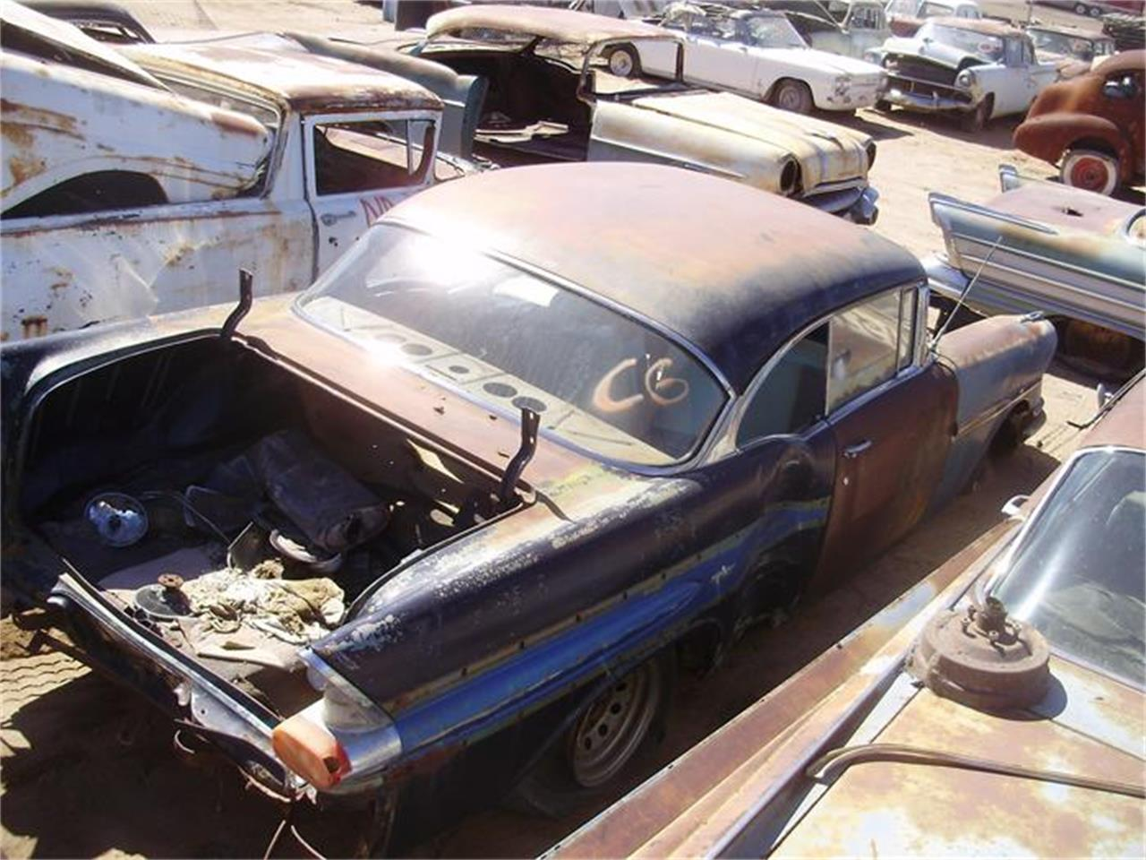 Large Picture of Classic '57 Catalina located in Arizona - $2,500.00 Offered by Desert Valley Auto Parts - 8IDW