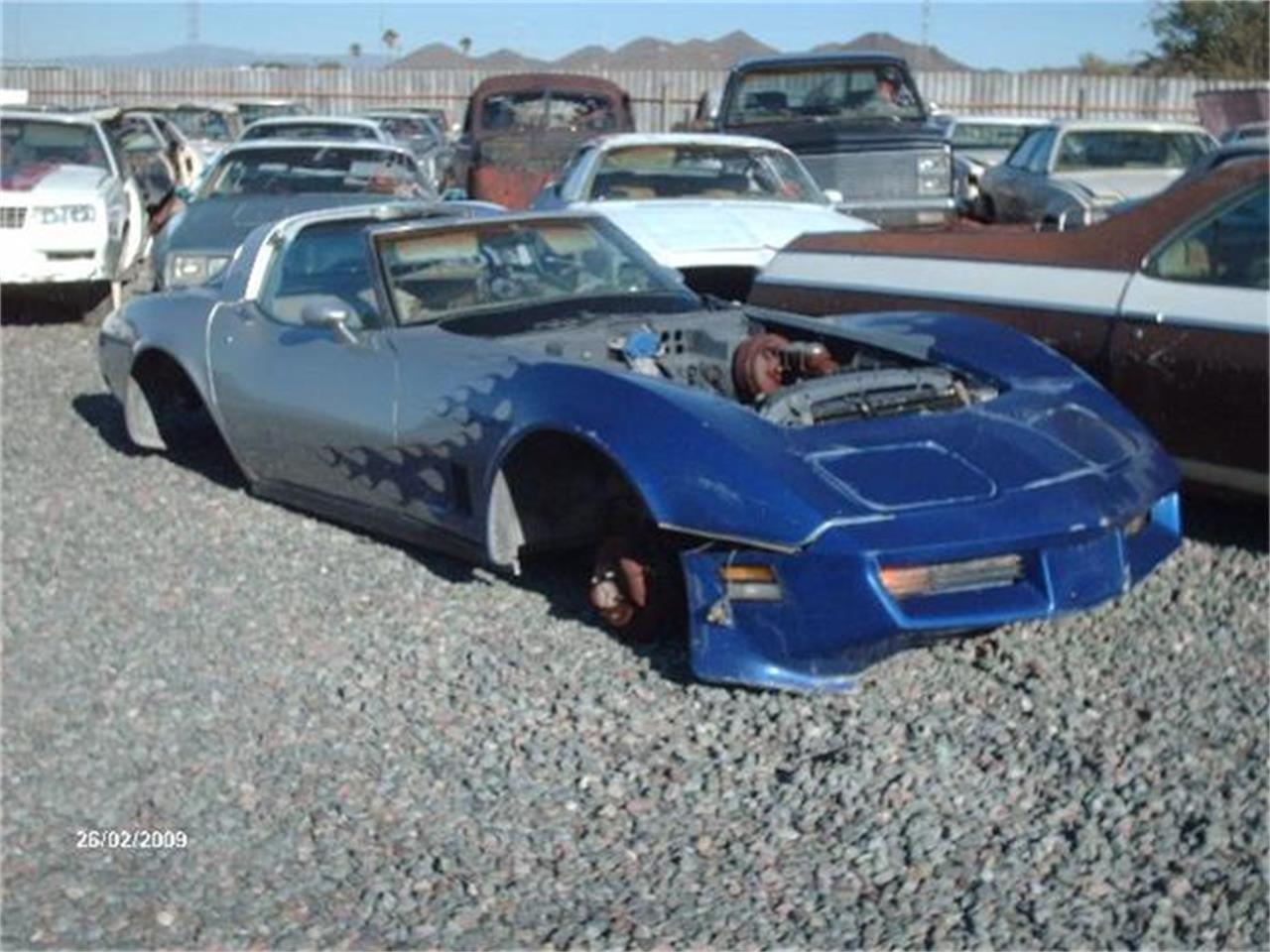Large Picture of '77 Corvette - 8IE6