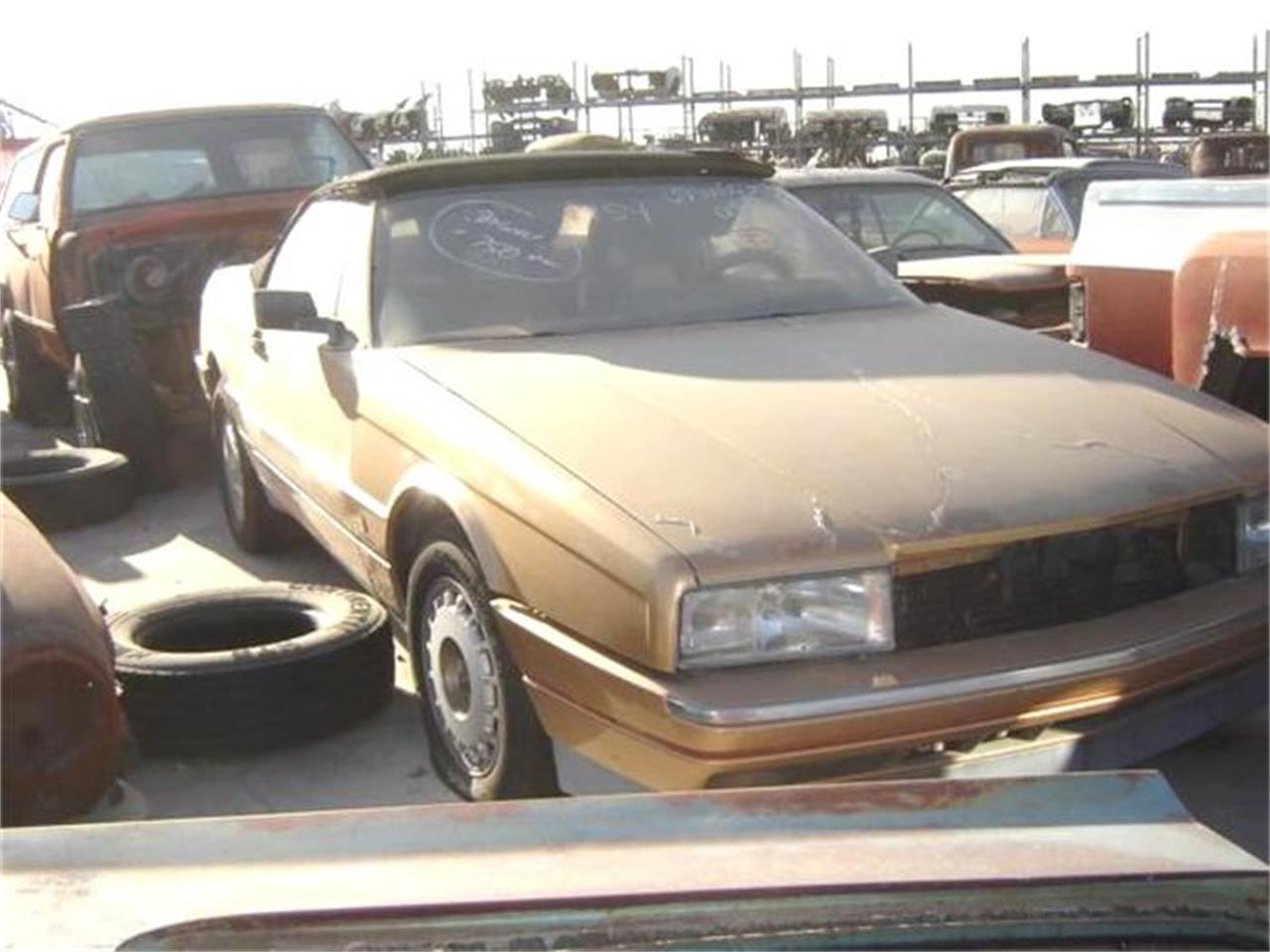 Large Picture of '87 Cadillac Allante located in Arizona - 8IF7