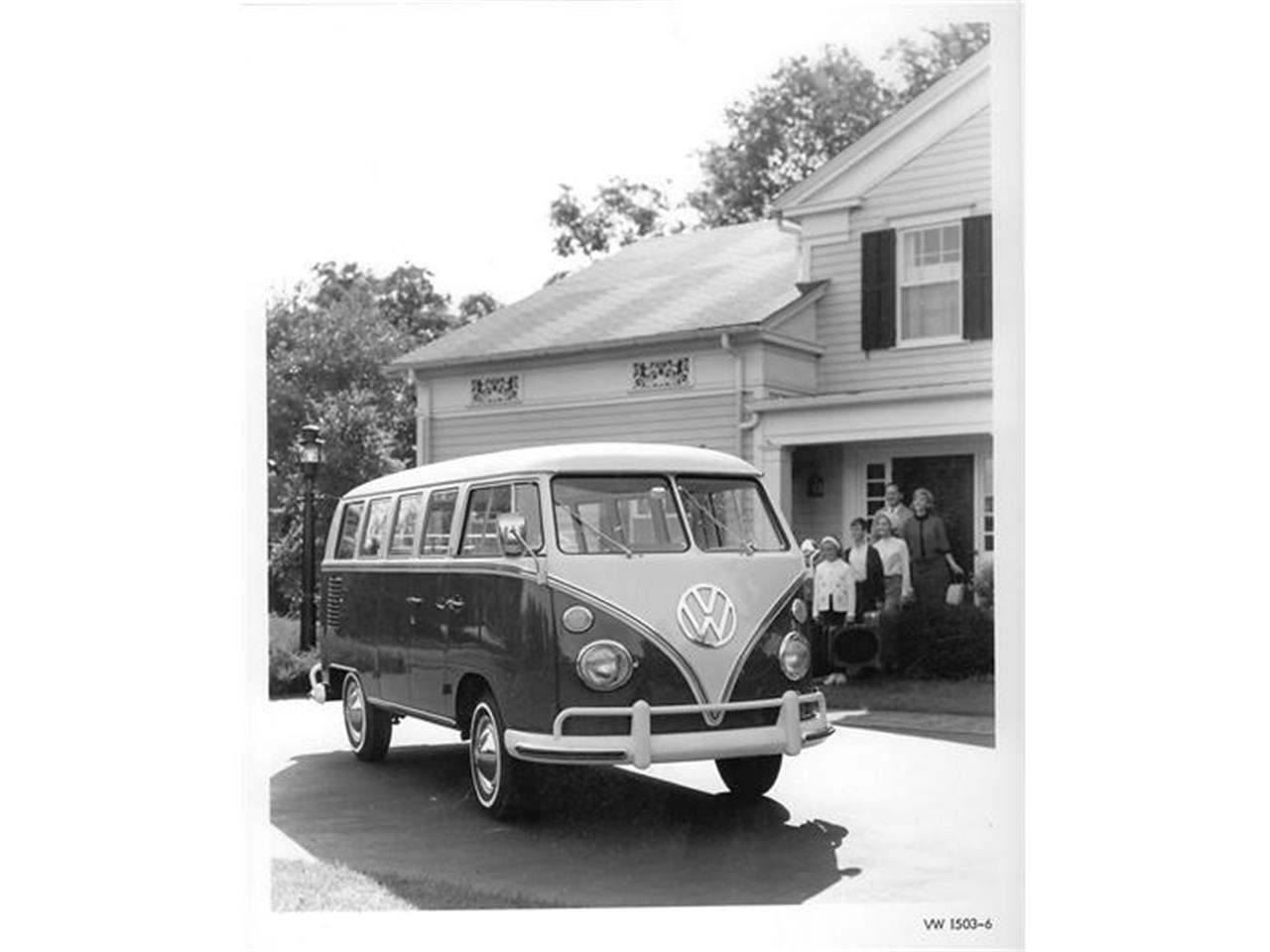 Large Picture of Classic 1966 Volkswagen Bus located in Connecticut - $75,995.00 Offered by Woottons Redline Classic Cars - 8NV5