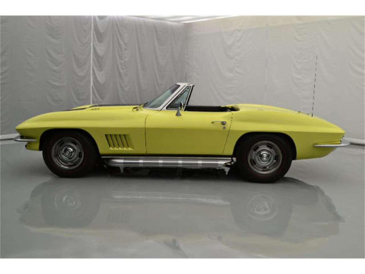 Large Picture of 1967 Chevrolet Corvette located in North Carolina Offered by Paramount Classic Car Store - 8QFH