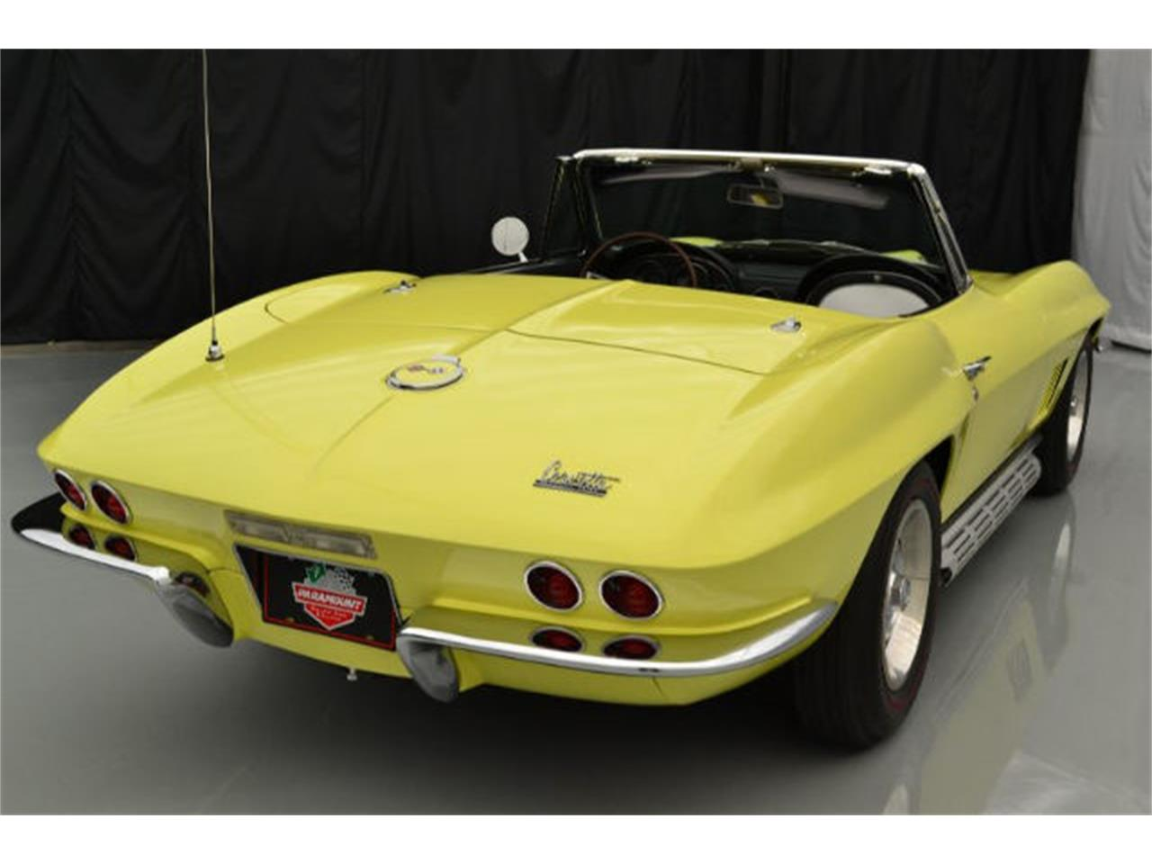 Large Picture of '67 Chevrolet Corvette Offered by Paramount Classic Car Store - 8QFH