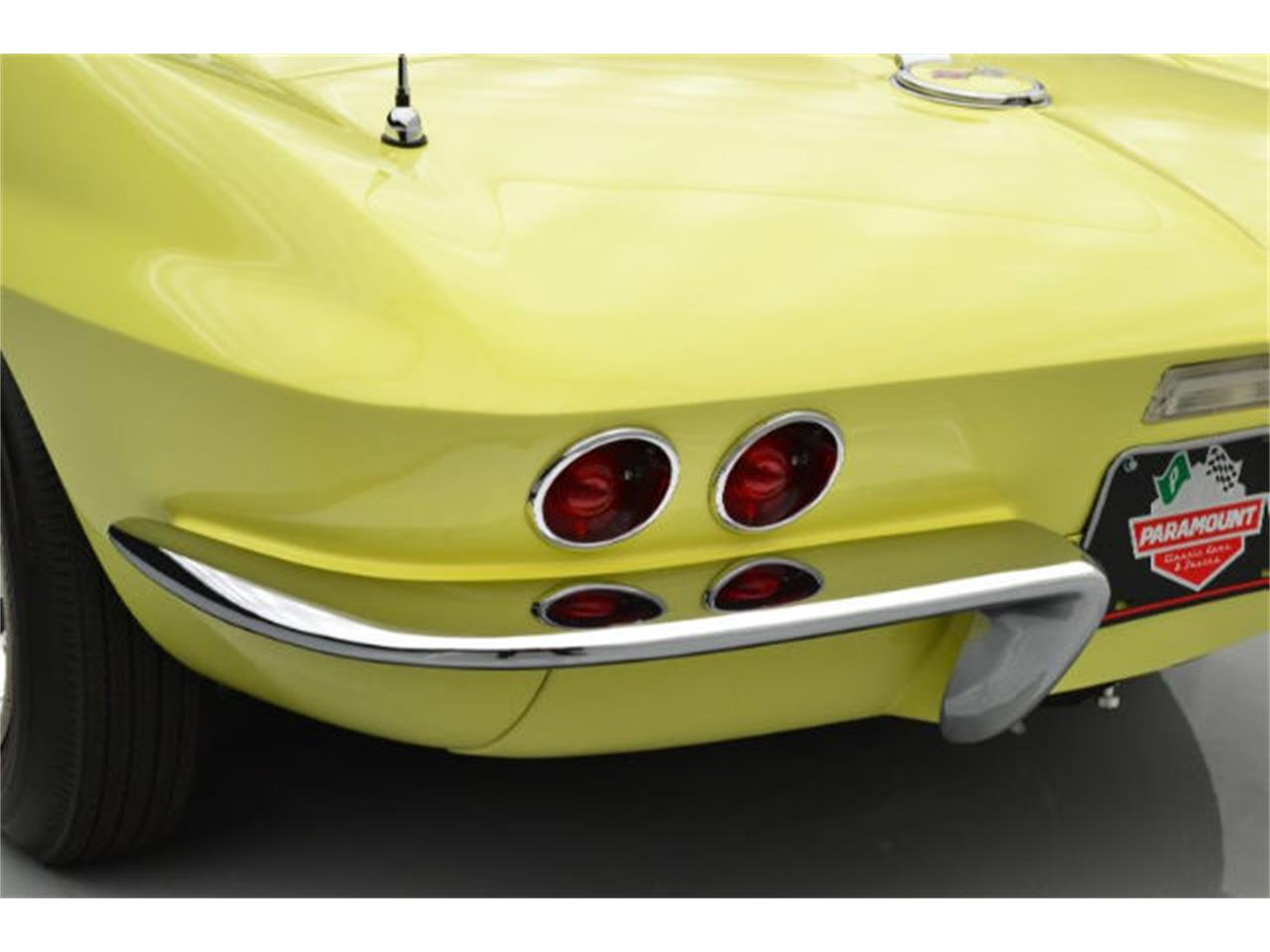 Large Picture of Classic 1967 Corvette Offered by Paramount Classic Car Store - 8QFH