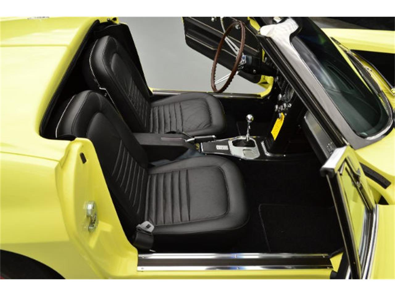 Large Picture of '67 Corvette - $139,995.00 - 8QFH