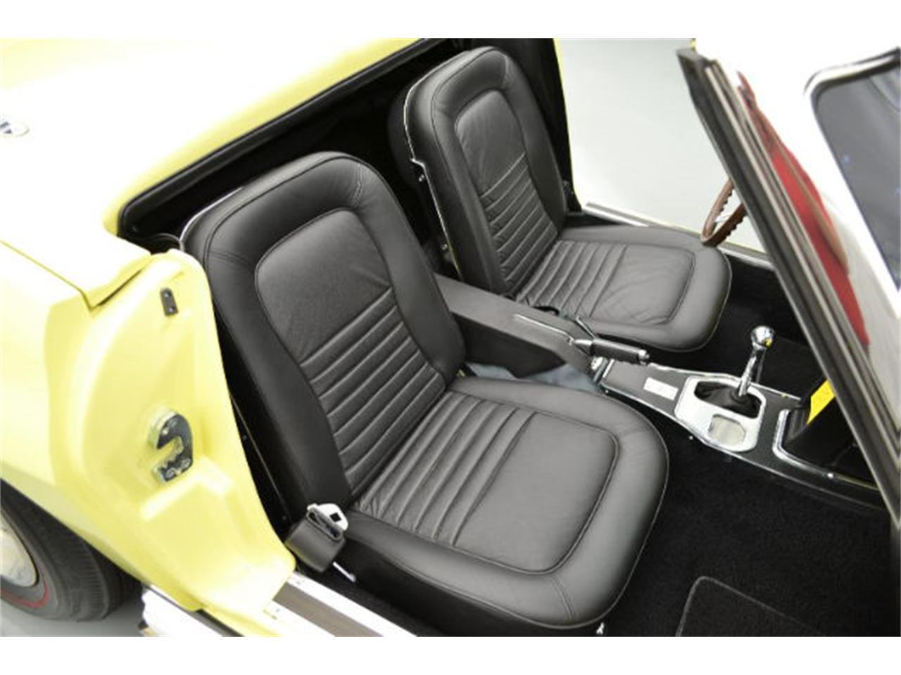 Large Picture of Classic '67 Chevrolet Corvette - 8QFH