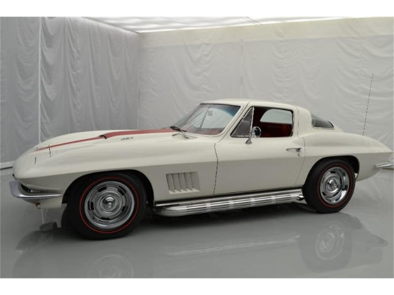 Large Picture of 1967 Corvette - 8QFI