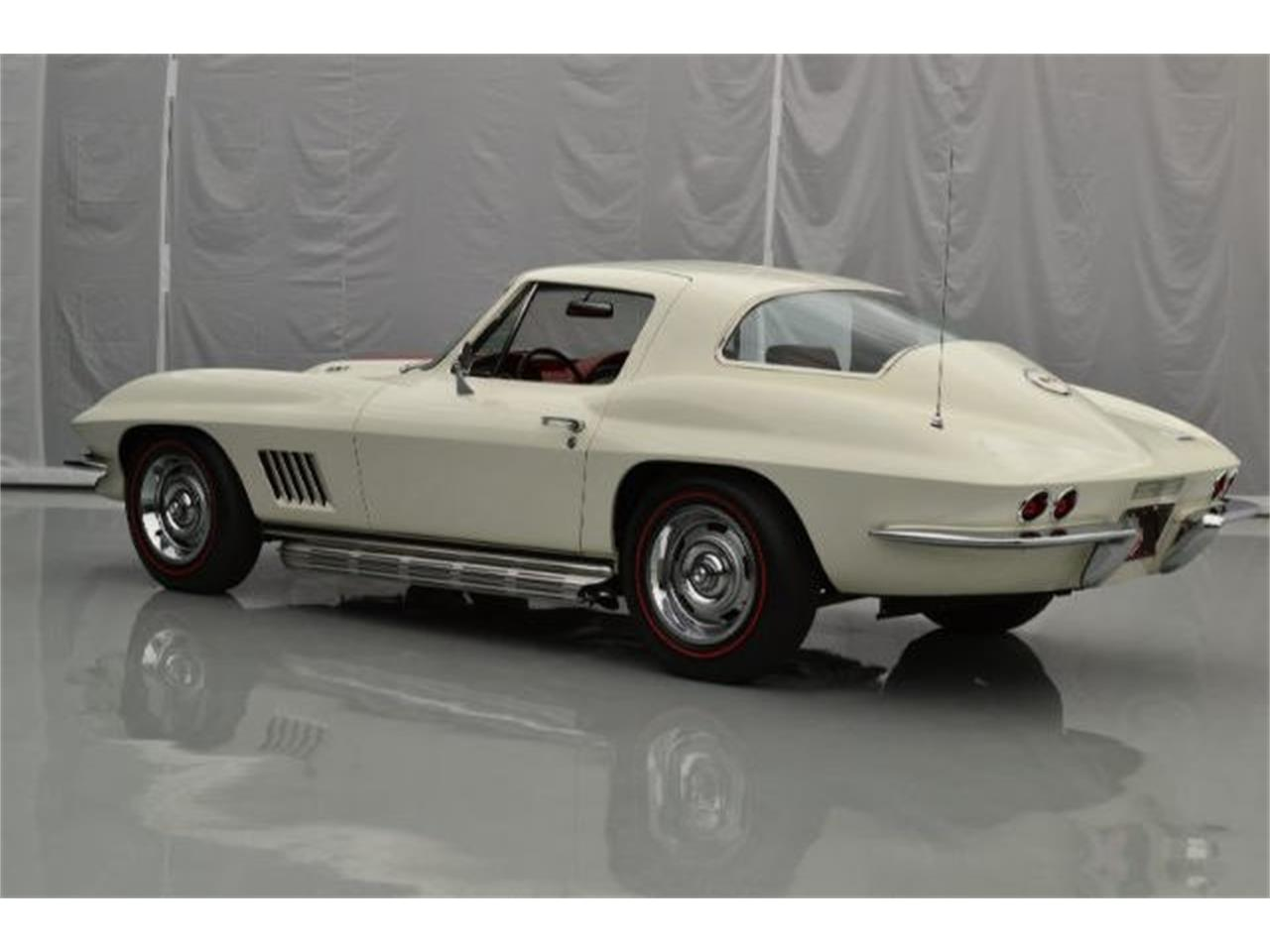 Large Picture of 1967 Corvette located in Hickory North Carolina Offered by Paramount Classic Car Store - 8QFI