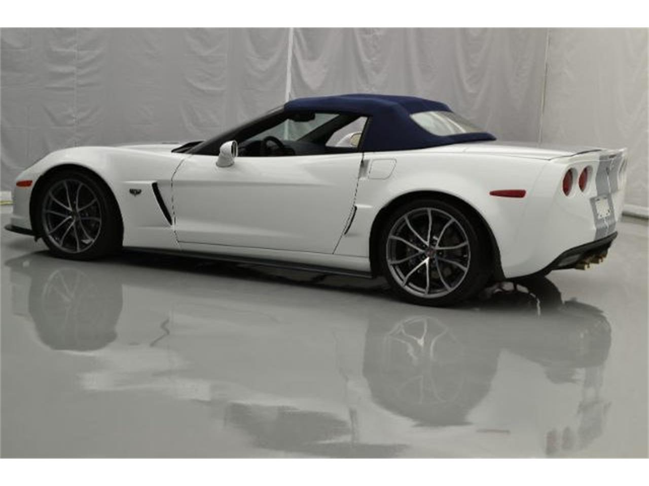 Large Picture of 2013 Chevrolet Corvette located in North Carolina Offered by Paramount Classic Car Store - 8QFQ