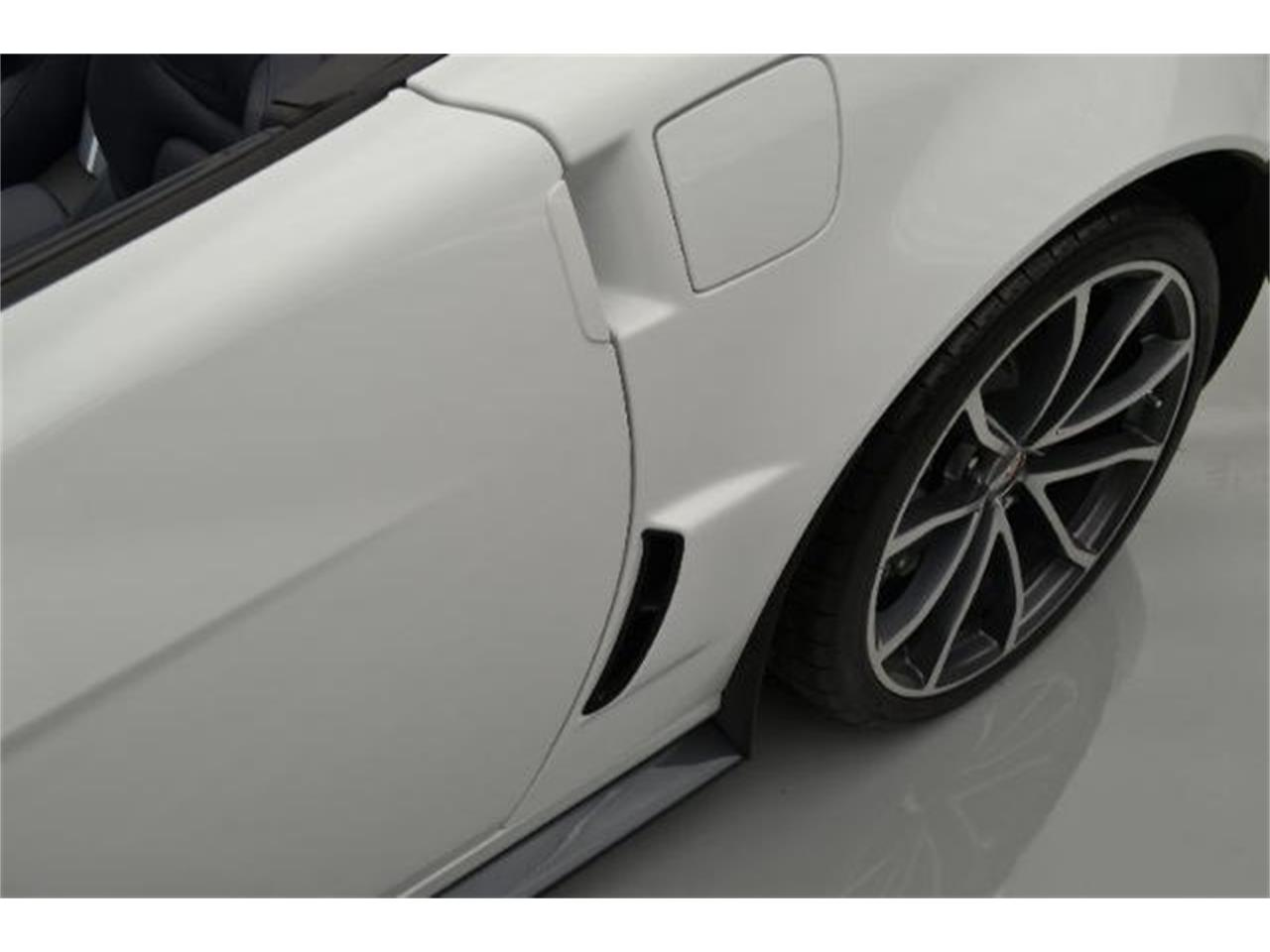 Large Picture of '13 Chevrolet Corvette located in North Carolina - $96,000.00 - 8QFQ