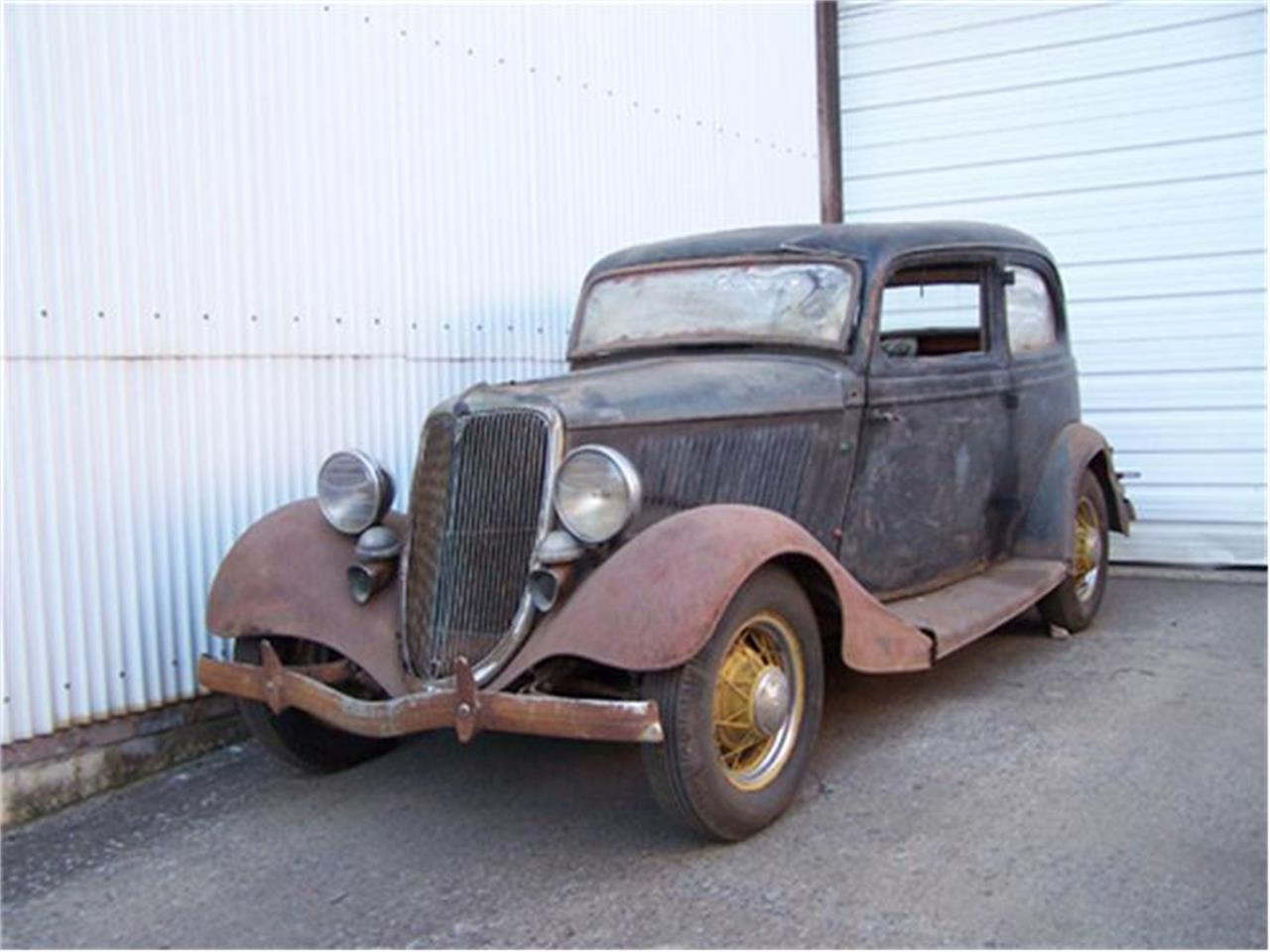 Large Picture of '34 Ford Victoria located in Lynchburg Virginia - 8QYQ