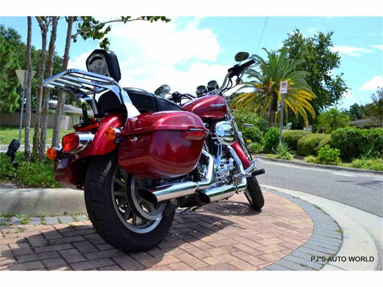 Large Picture of 2004 Harley-Davidson Sportster located in Clearwater Florida - 91G4