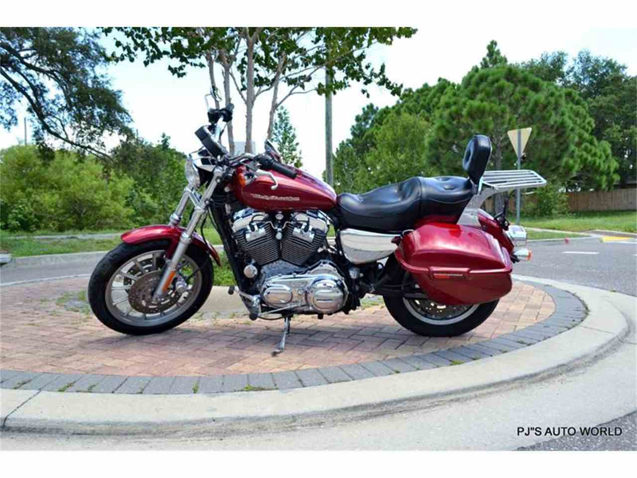 Large Picture of '04 Harley-Davidson Sportster located in Clearwater Florida - $6,300.00 - 91G4