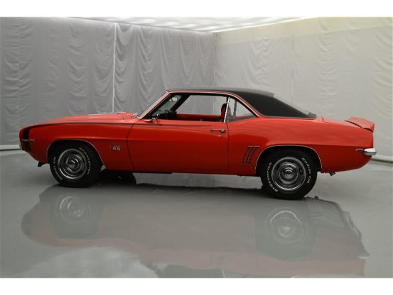 Large Picture of '69 Chevrolet Camaro located in Hickory North Carolina - $58,900.00 - 92DQ