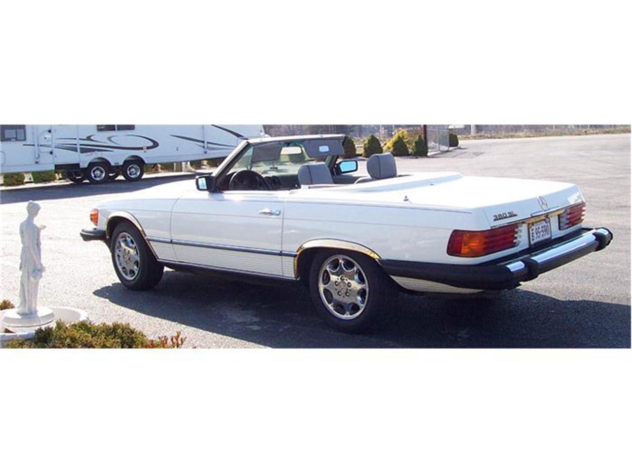 Large Picture of 1983 Mercedes-Benz 380SL located in Christiansburg Virginia - 92IP
