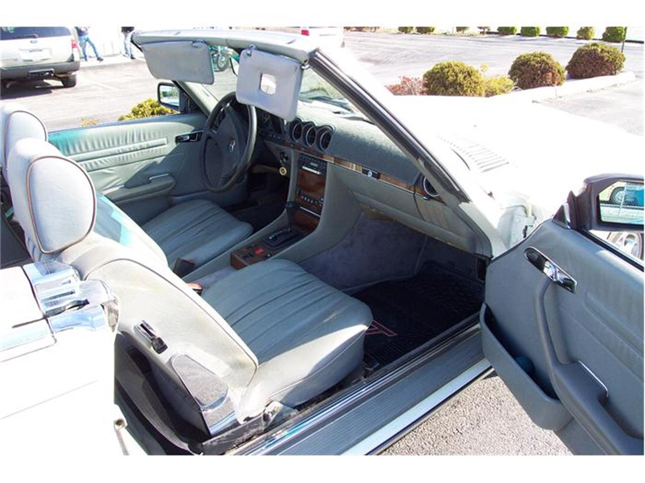 Large Picture of 1983 380SL located in Virginia Offered by a Private Seller - 92IP