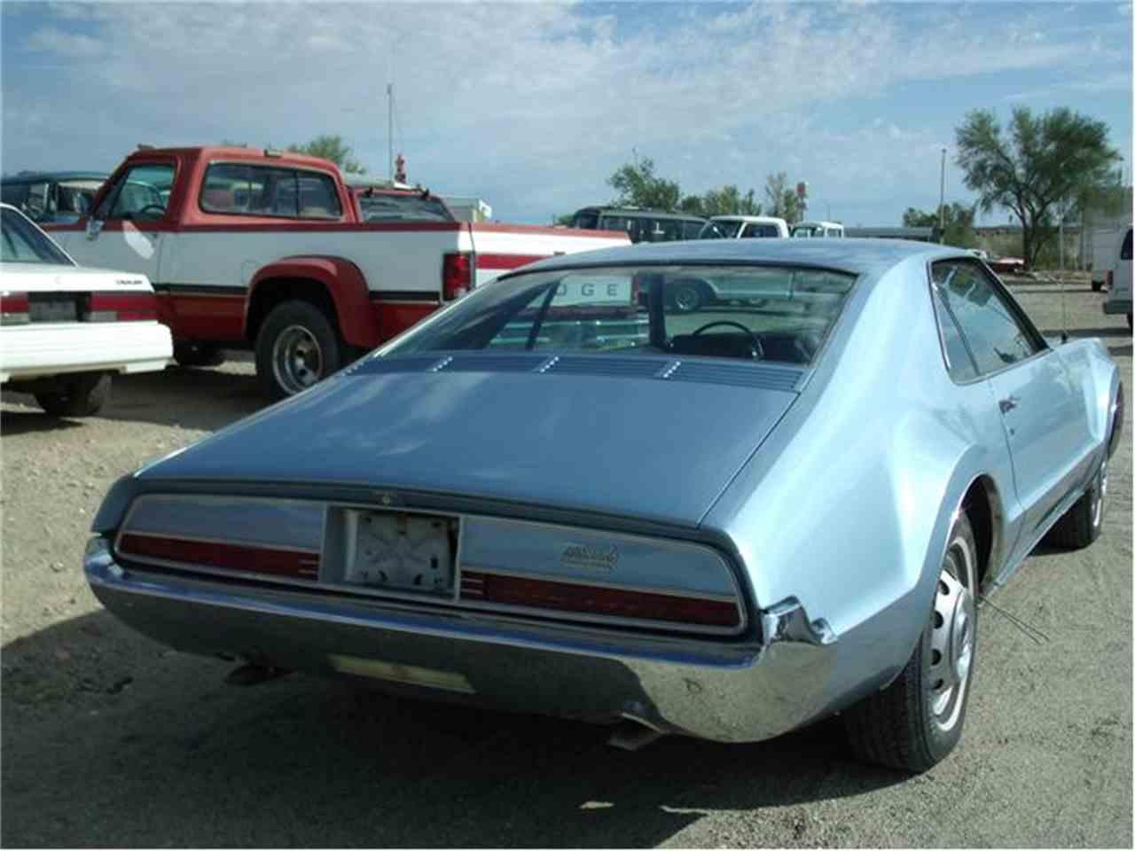 Large Picture of '66 Toronado - 97P4
