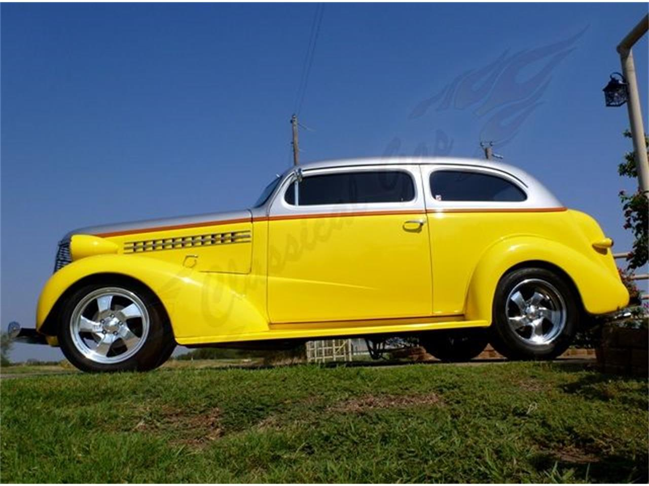 Large Picture of Classic 1938 Chevrolet Sedan located in Arlington Texas Offered by Classical Gas Enterprises - 9IV3