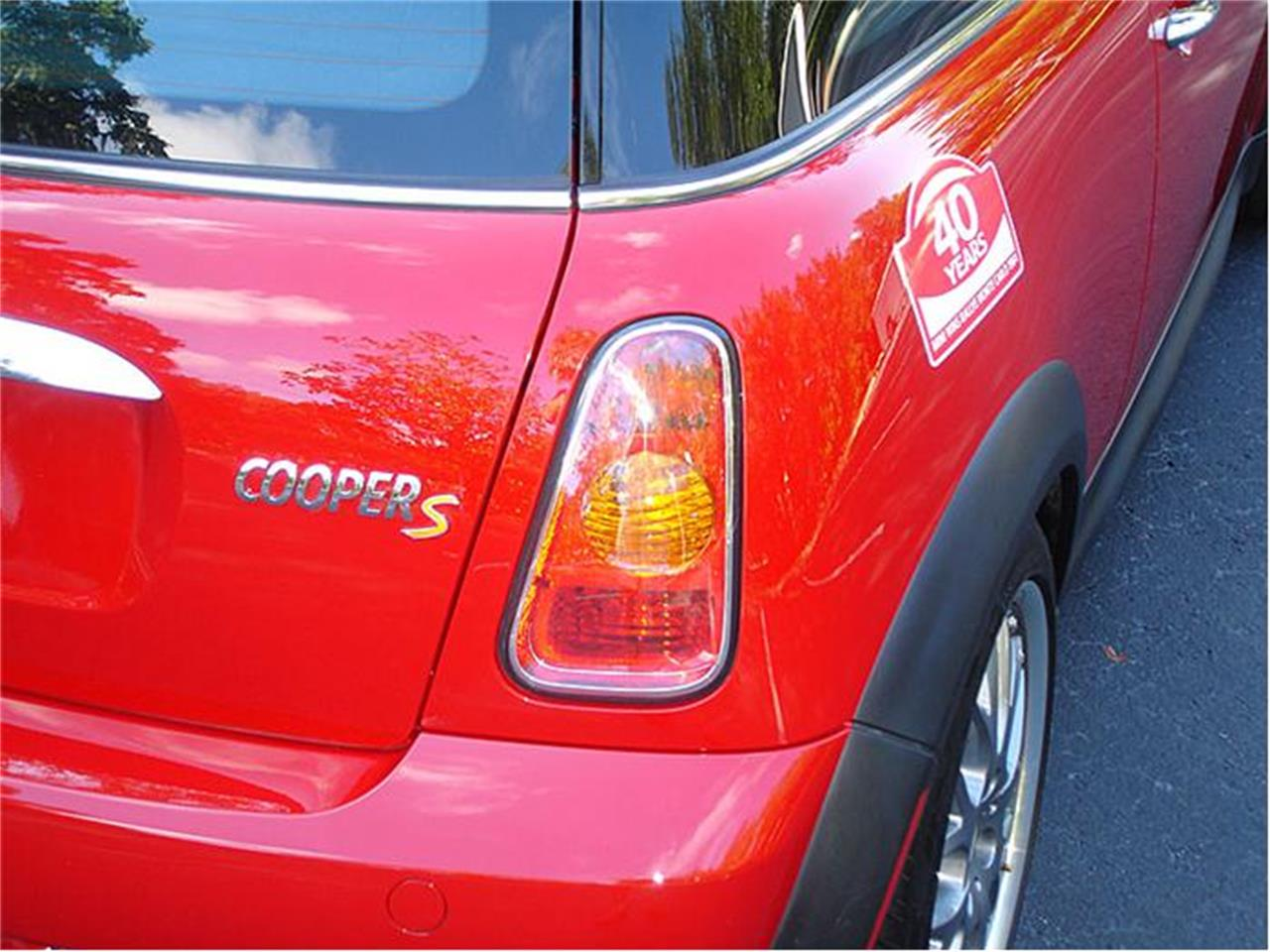 Large Picture of 2004 MINI Cooper - $27,950.00 Offered by Classic Dreamcars, Inc. - 9J85