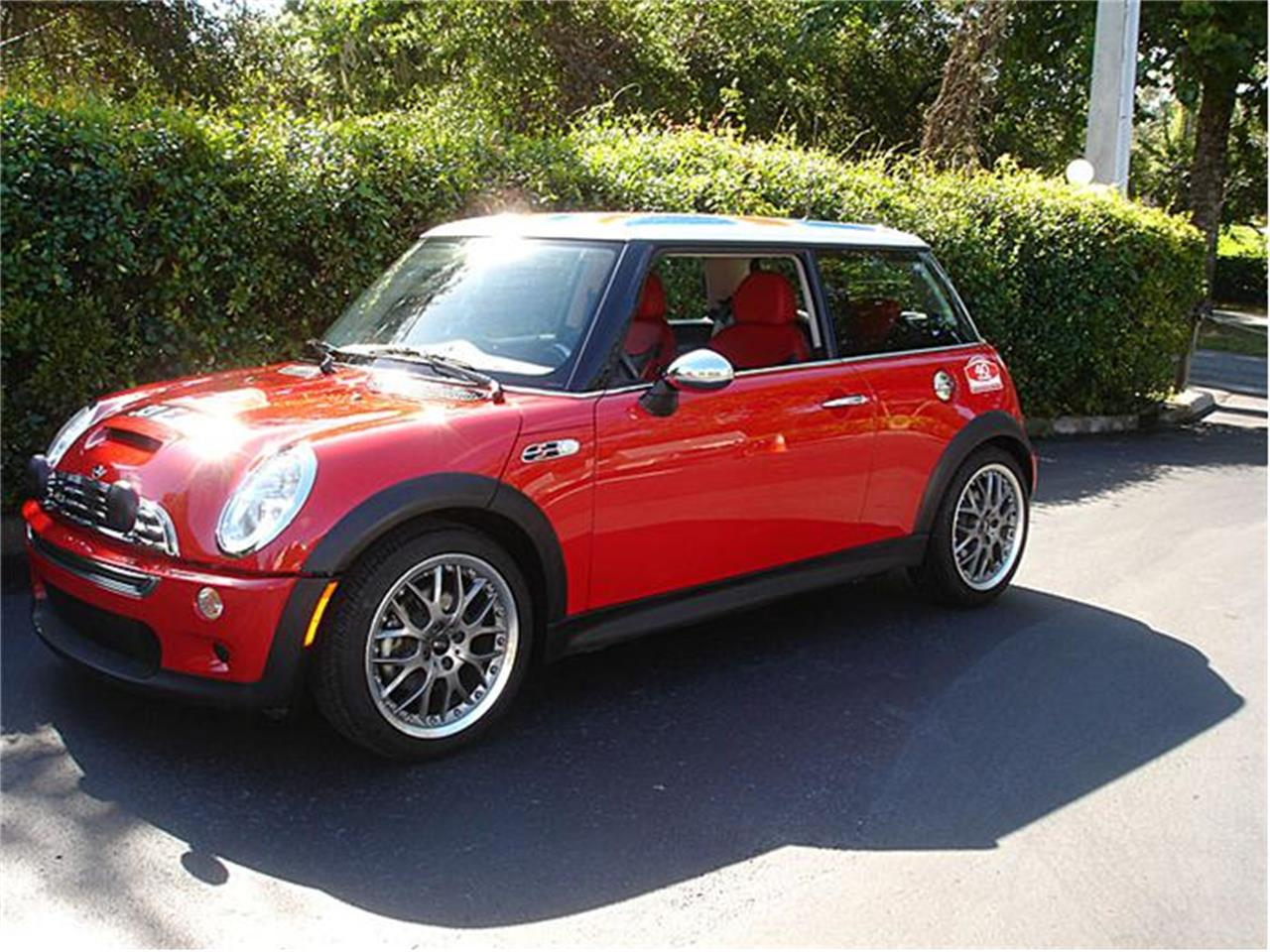 Large Picture of '04 MINI Cooper located in Florida - $27,950.00 - 9J85