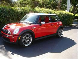 Picture of 2004 MINI Cooper located in Florida Offered by Classic Dreamcars, Inc. - 9J85