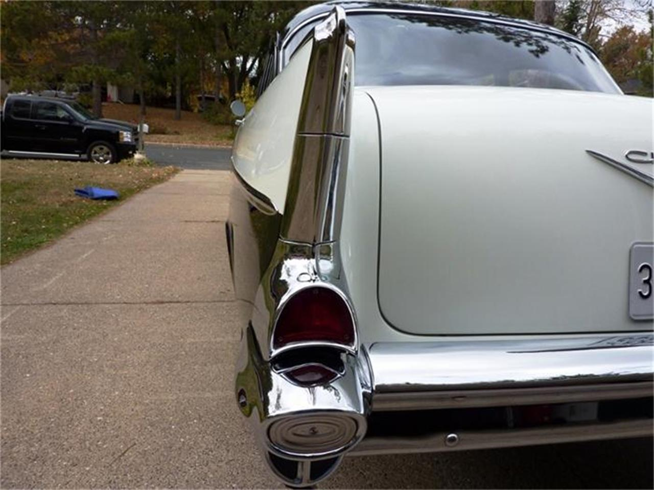Large Picture of Classic '57 Chevrolet Bel Air - 9JRH