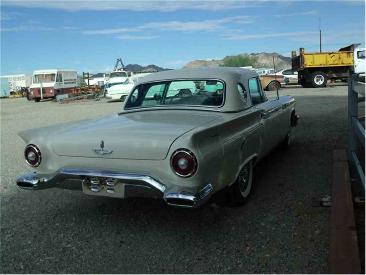 Large Picture of '57 Thunderbird - 9ORD
