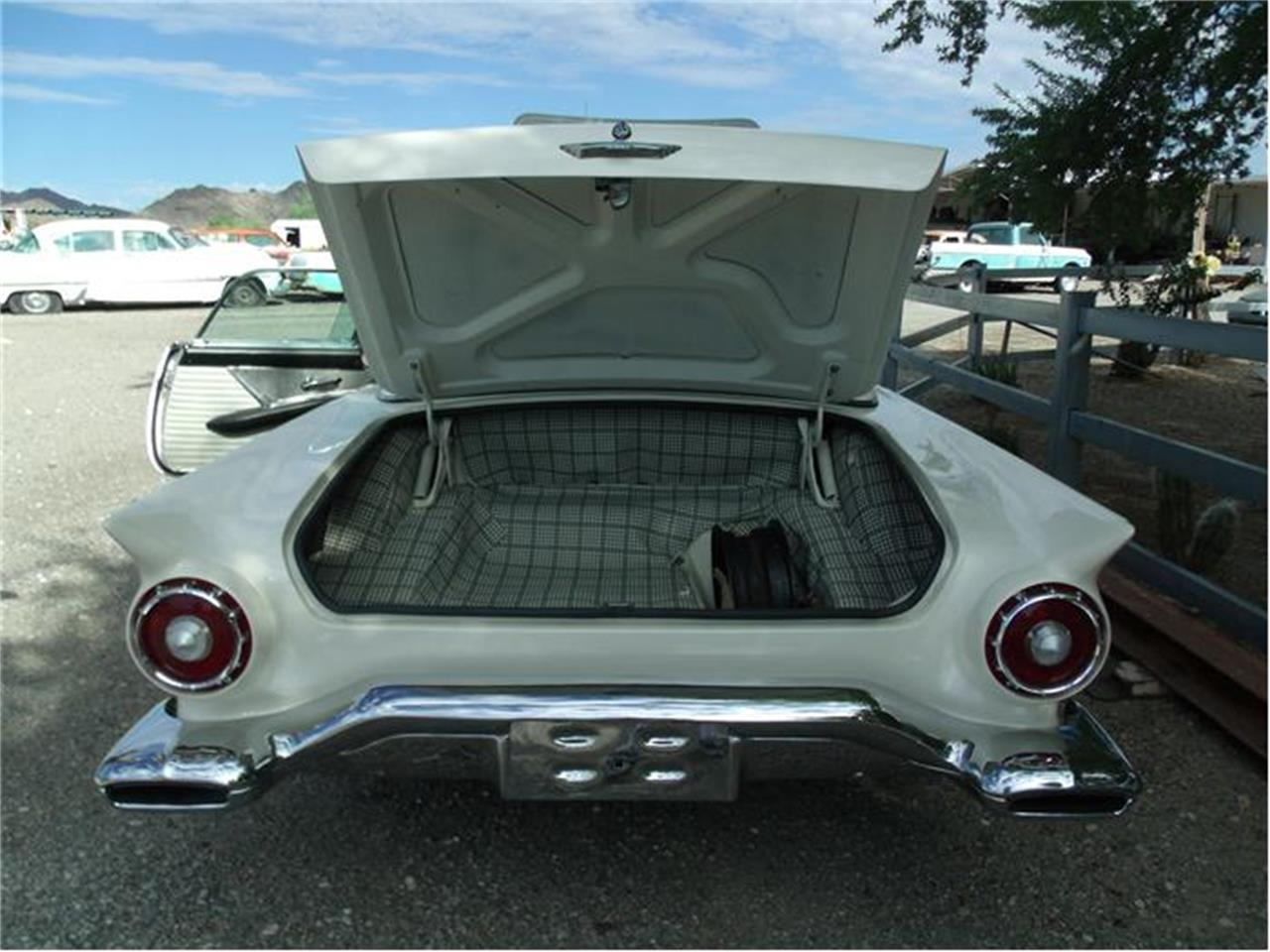 Large Picture of 1957 Ford Thunderbird located in Quartzsite Arizona - 9ORD