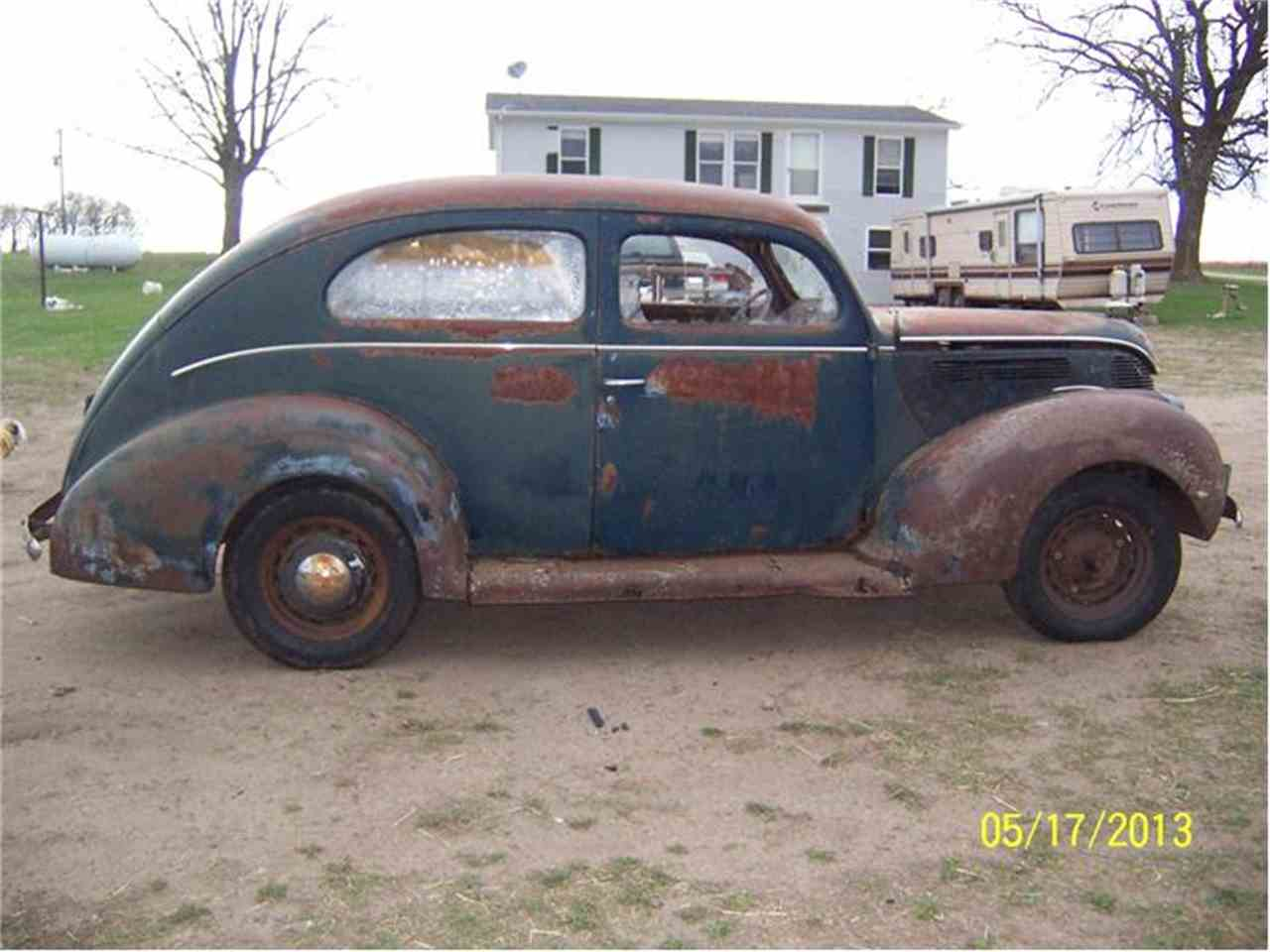 Large Picture of Classic 1938 Deluxe located in Parkers Prairie Minnesota Offered by Dan's Old Cars - 9R21