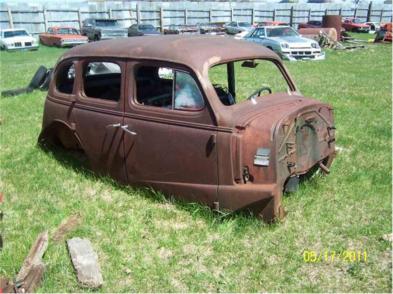 Large Picture of '37 Fastback - $1,800.00 - A0HW