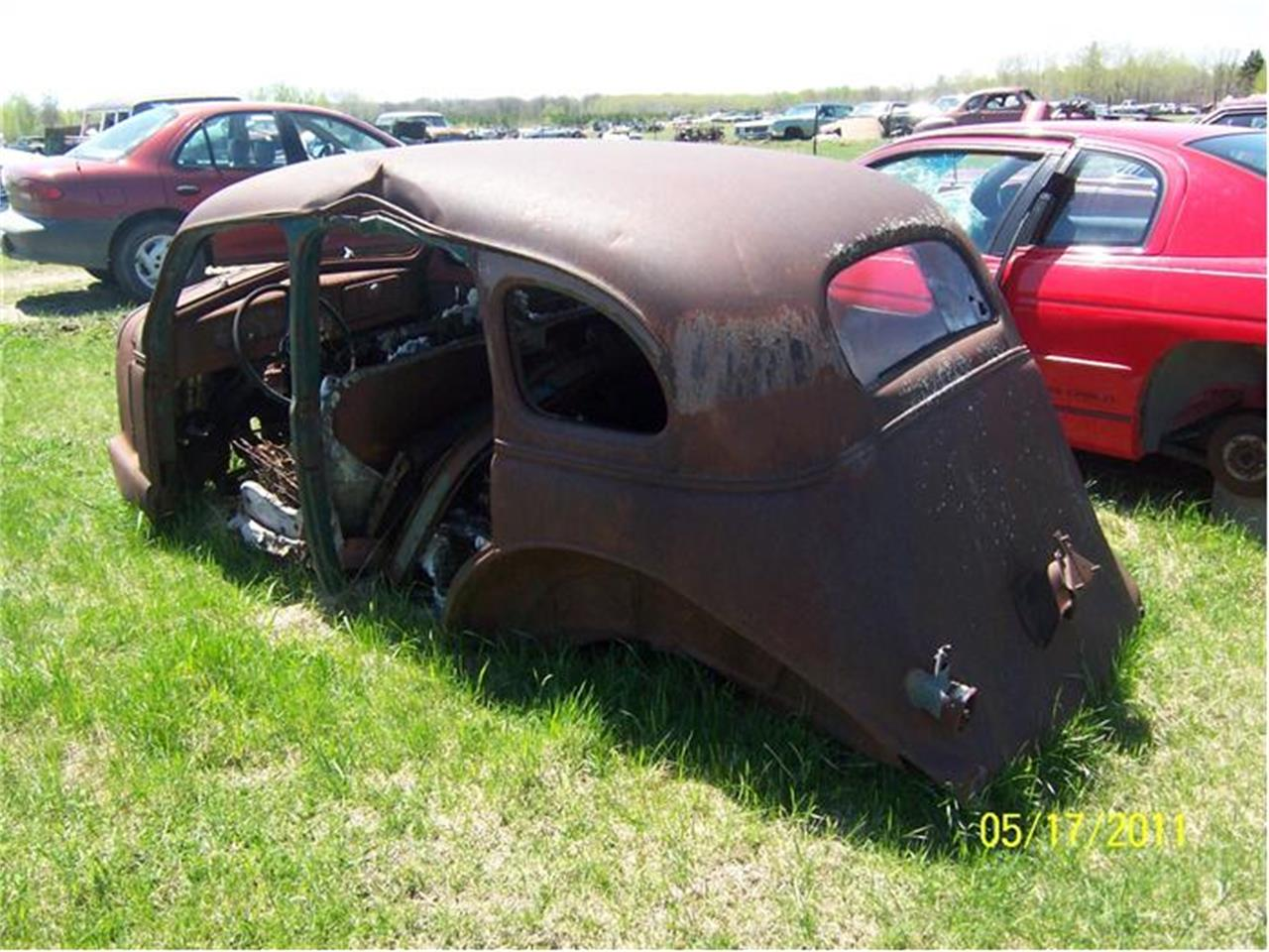 Large Picture of '37 Fastback - A0HW
