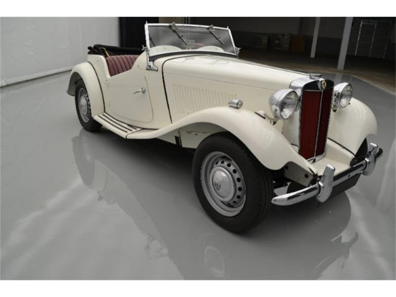 Large Picture of Classic 1952 MG TD - $35,995.00 Offered by Paramount Classic Car Store - 9VJL