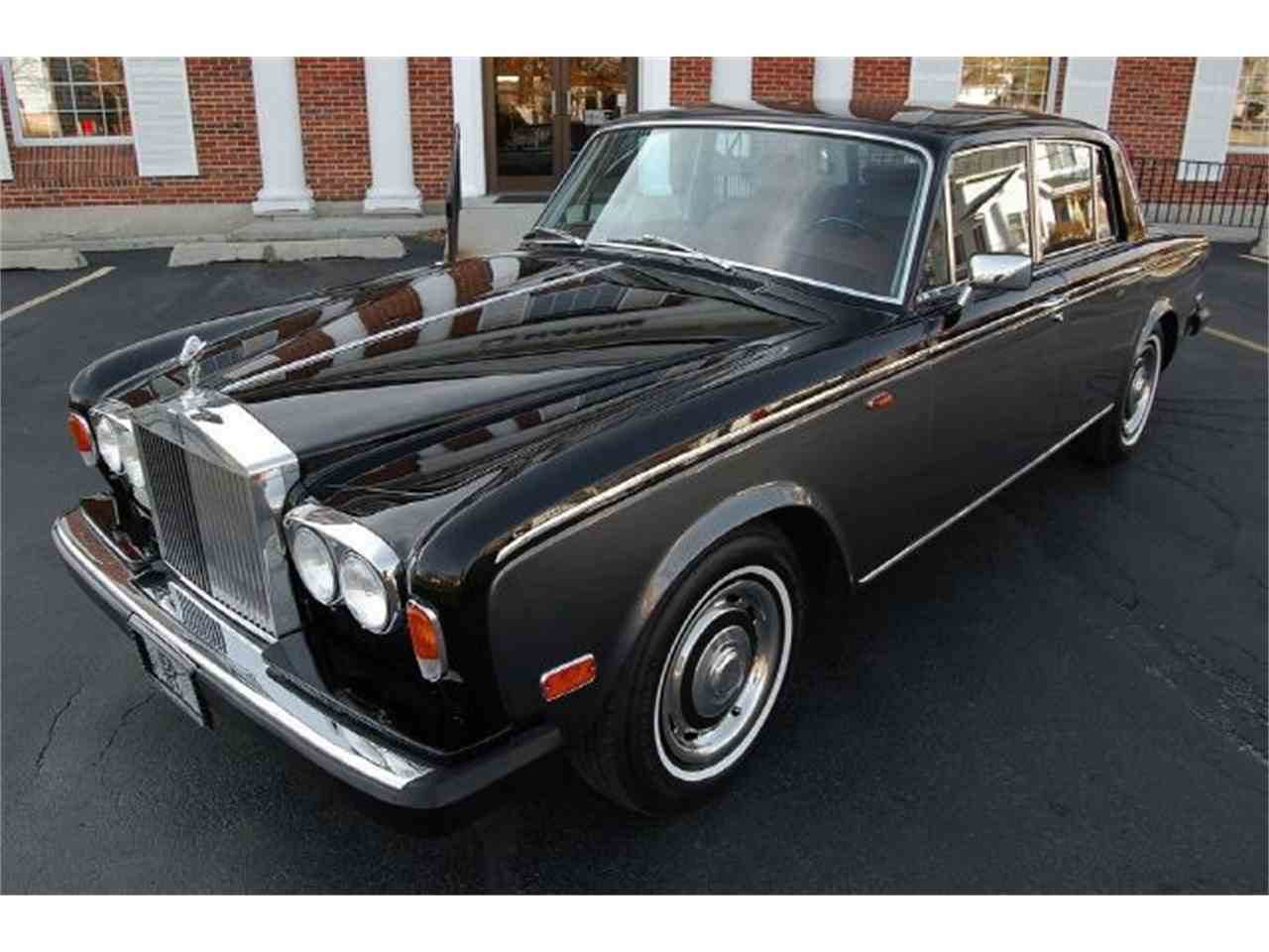 Large Picture of '73 Silver Shadow Offered by Park-Ward Motors - A949