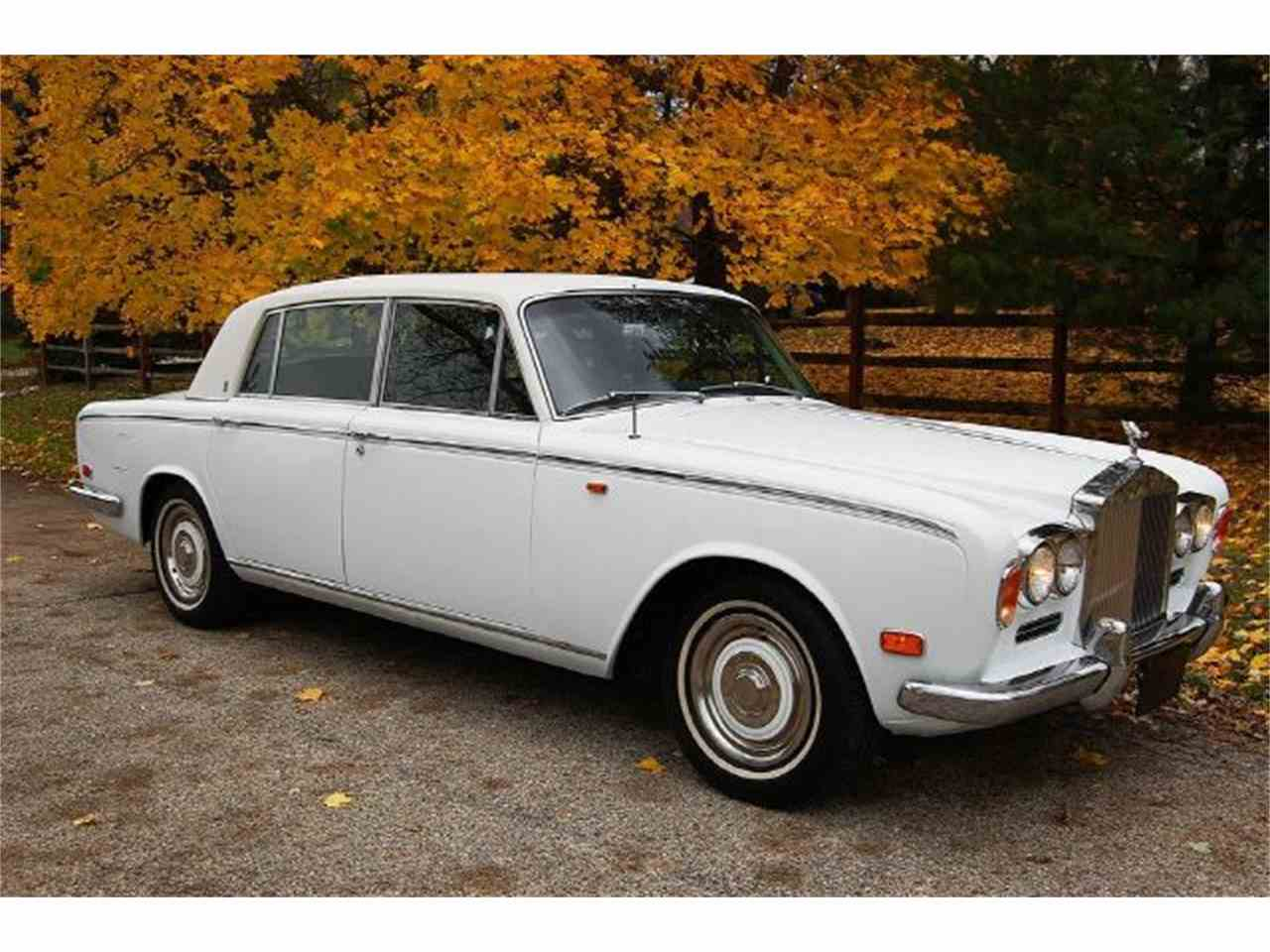 Large Picture of 1973 Silver Shadow located in Carey Illinois Offered by Park-Ward Motors - A949