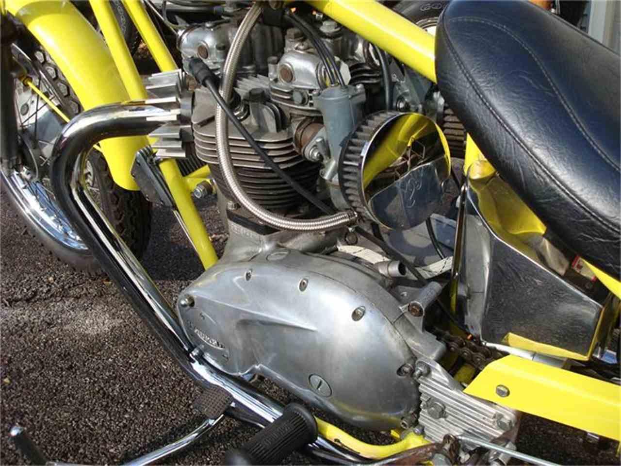 Large Picture of '71 Bonneville - AGQ8