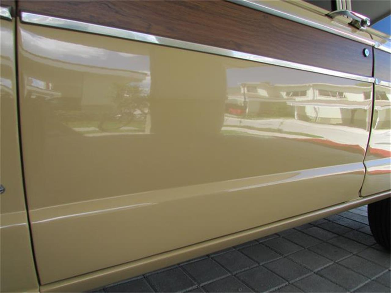 Large Picture of 1977 Wagoneer located in San Salvador - $22,500.00 Offered by a Private Seller - ANFF