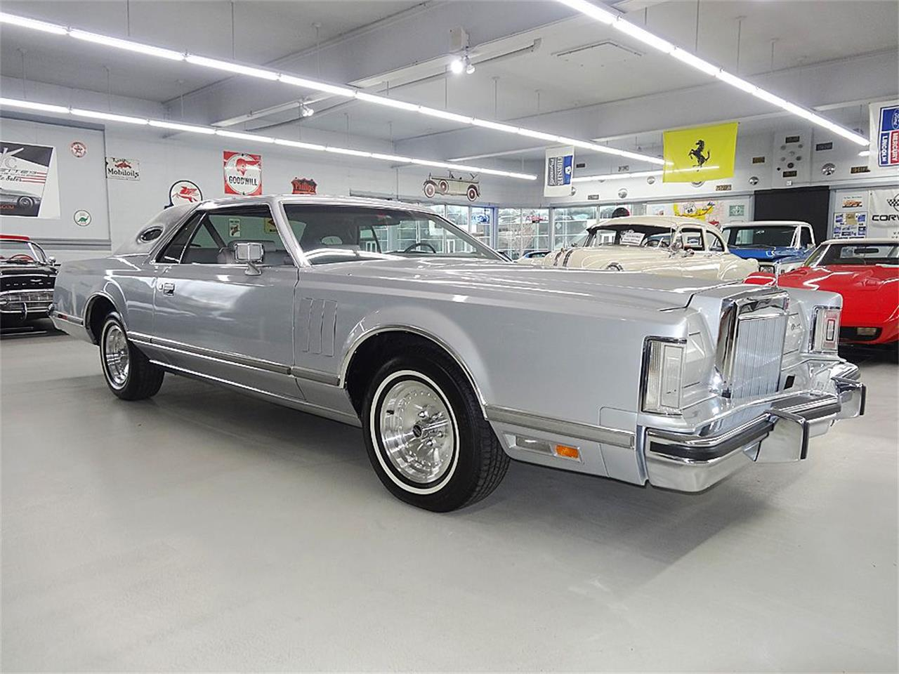 Large Picture of '77 Continental Mark V - AINX