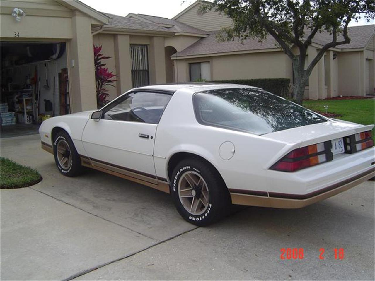 Large Picture of '82 Camaro Z28 - 19J5
