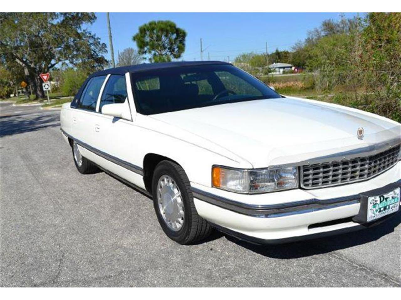 Large Picture of '96 Cadillac DeVille located in Clearwater Florida - AW1F