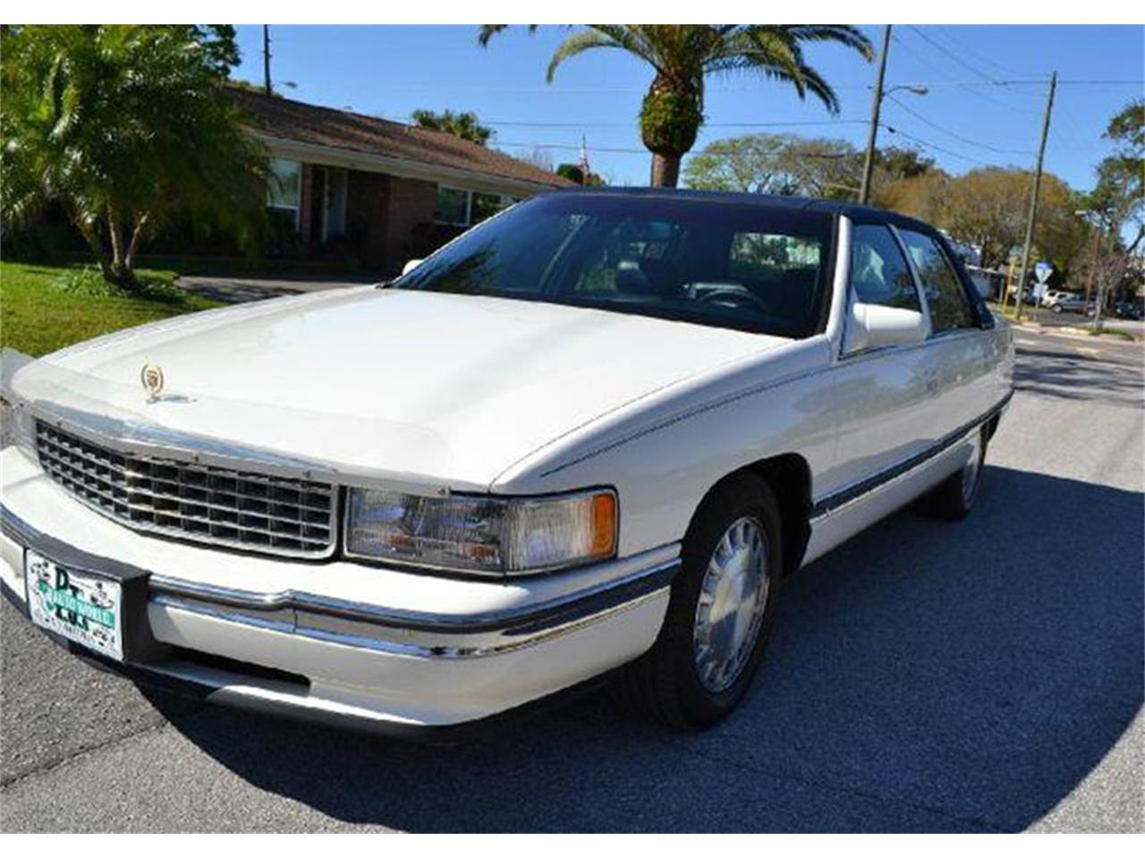 Large Picture of '96 Cadillac DeVille - $5,995.00 - AW1F
