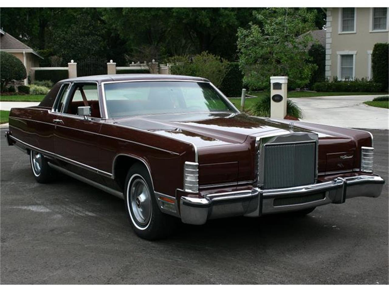 Large Picture of 1977 Lincoln Town Coupe located in Florida Offered by MJC Classic Cars - B150