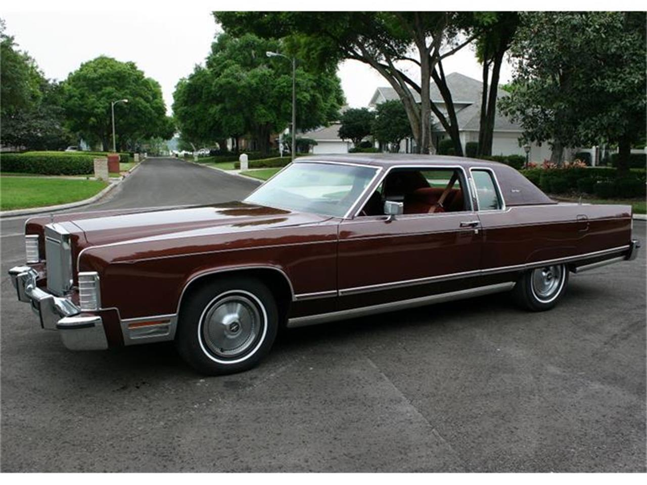 Large Picture of '77 Town Coupe located in Florida - $19,500.00 Offered by MJC Classic Cars - B150