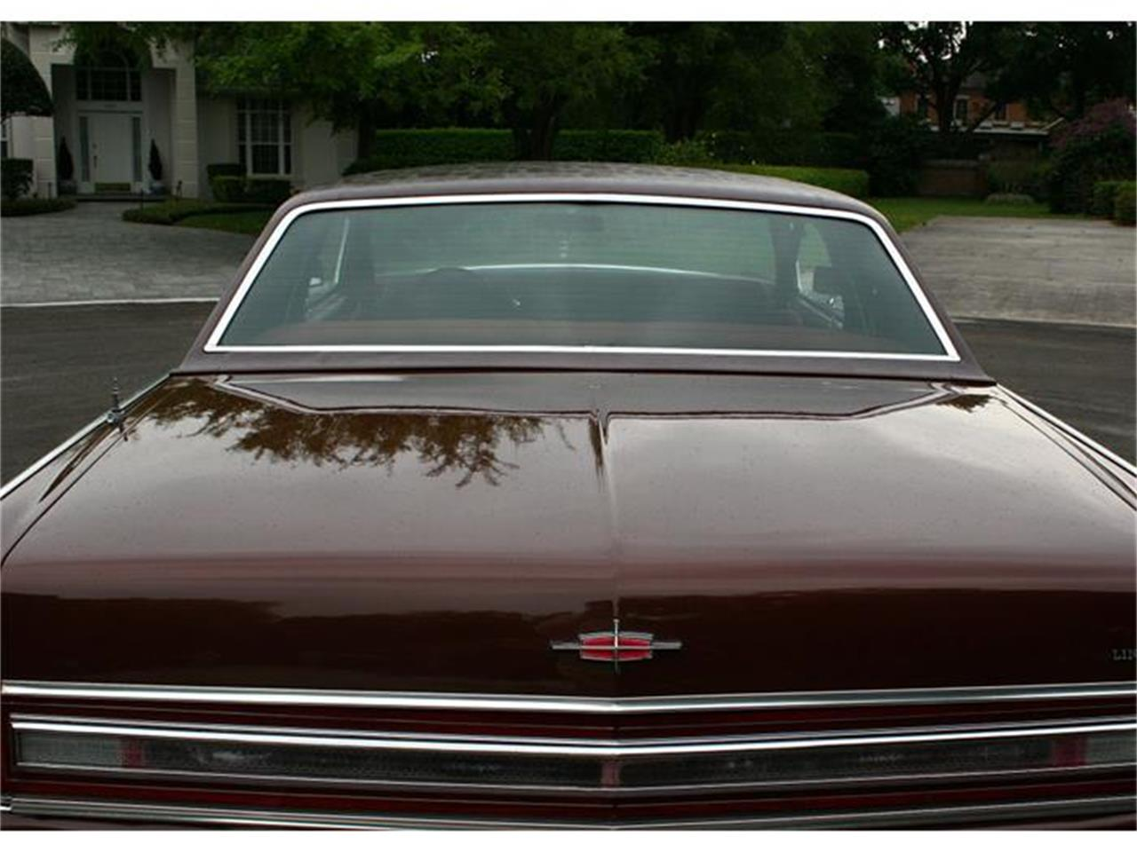 Large Picture of '77 Town Coupe - $19,500.00 - B150